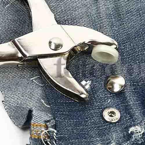 Как снять заклепки с джинсов в домашних условиях